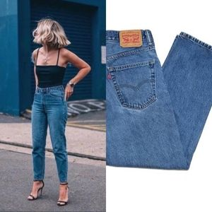 Vintage Levi's 550 High Rise Mid Wash Mom Jeans